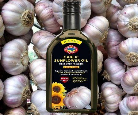 Sunflower garlic oil (350ml glass bottle)